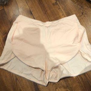 Lululemon 8 shorts